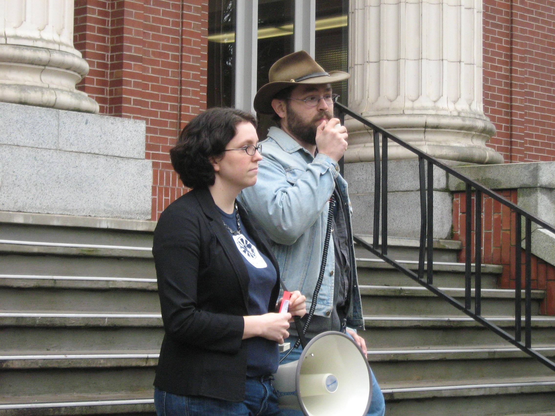 Amber Cooper, Steve McAllister (GTF, Biology)